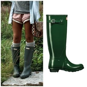 NIB Hunter Tall Gloss Green Tall Rain Boots Wellie